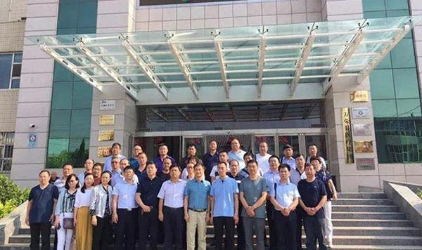 陕西省基层医疗协会领导参观万荣县南张卫生院