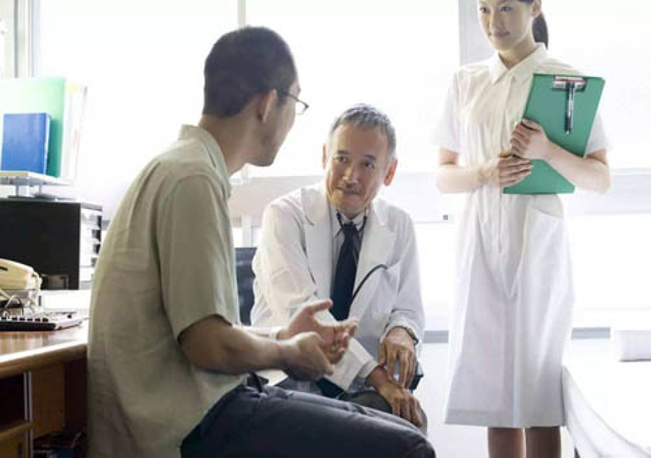 健康一体机减少人力成本和录入错误